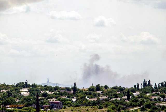 """Террористы из гранатометов обстреляли погранпункт """"Красная Таливка"""" во время оформления граждан: есть раненые - Цензор.НЕТ 2169"""
