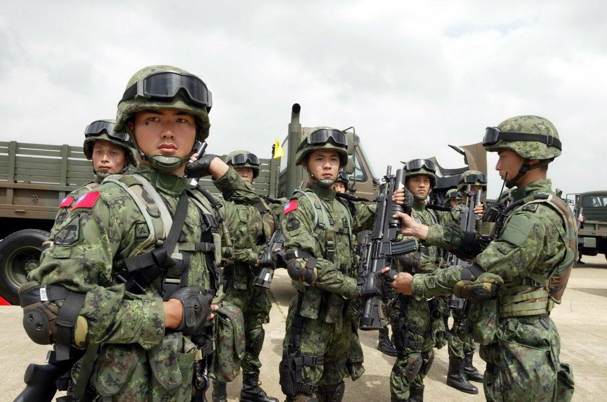 К украинским воинам в район Бахмутовки отправлено подкрепление. Артиллерия отбивает нападения террористов, - СНБО - Цензор.НЕТ 3258