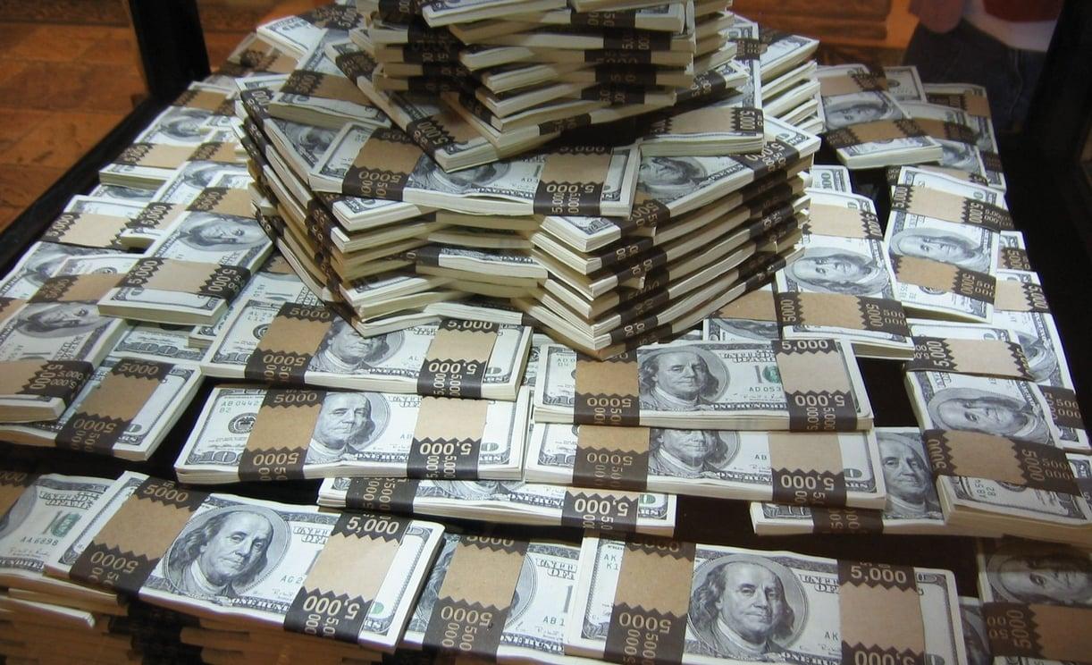 Рейтинг Bloomberg: Вагит Алекперов богатеет быстрее всех