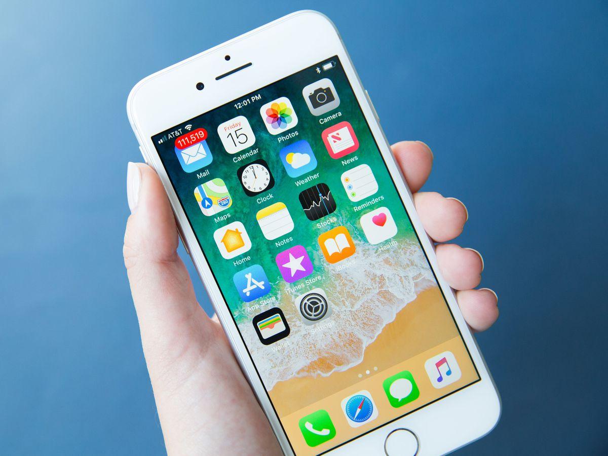 Приложения для бронирования отелей иавиабилетов для iPhone смотрят  запользователями