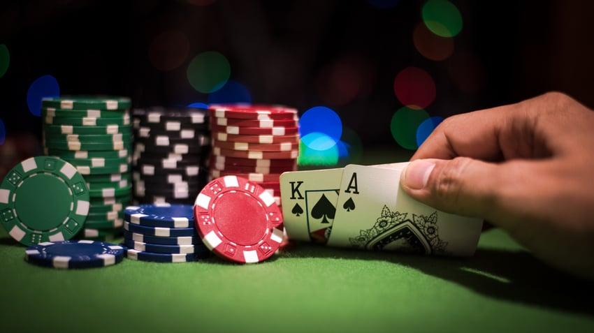Пройти обучение в покер онлайн игровые аппараты играть на деньги онлайн вулкан