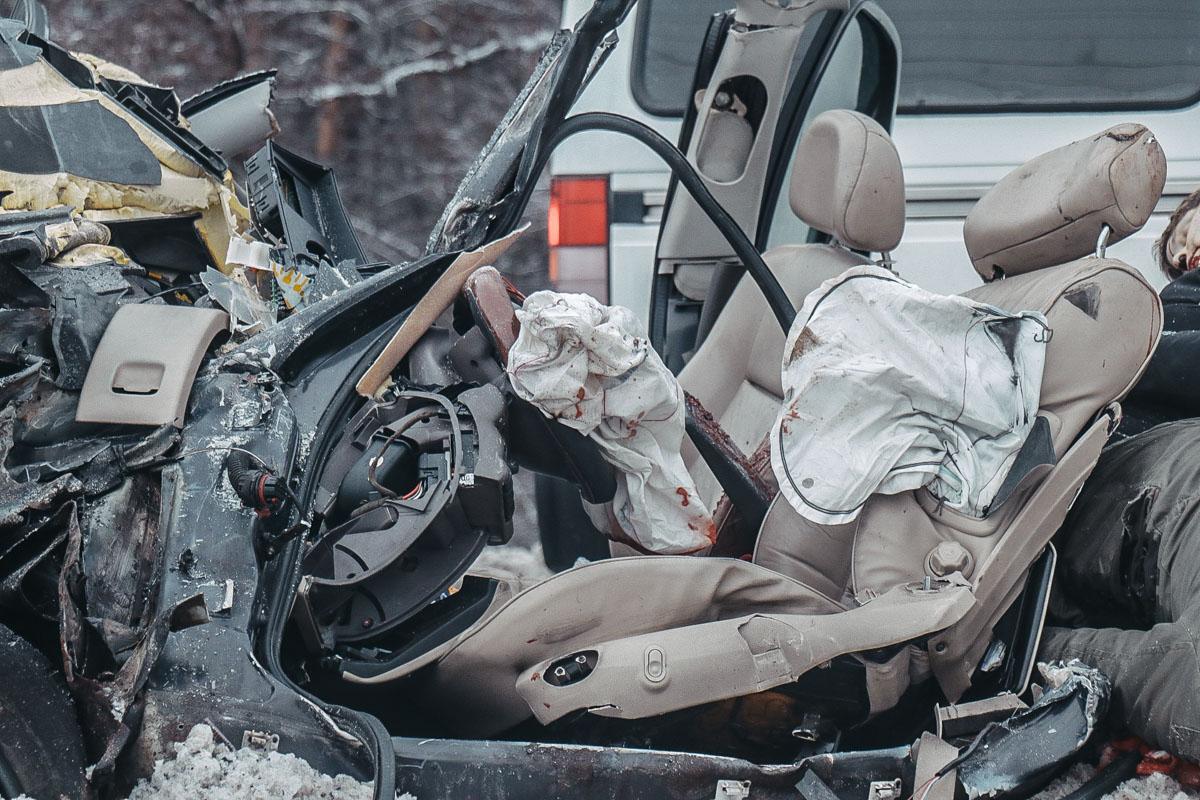 Под Киевом жуткое ДТП: много погибших