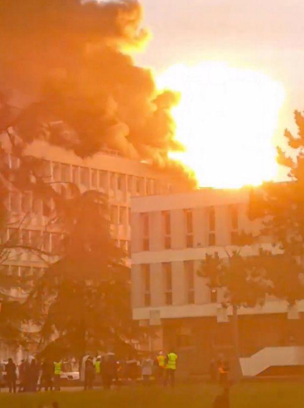 Во французском университете Лиона прогремела серия мощных взрывов