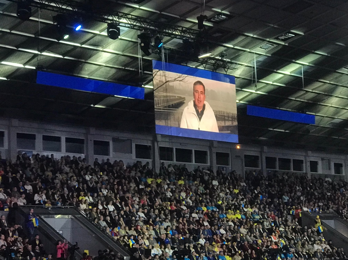 Порошенко вДавосе ответил сторонникам скорого  мира сРоссией— Обещание популистов