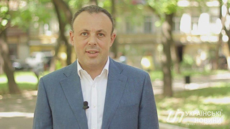 Изсписка «Слуги народа» начали исключать претендентов в народные избранники