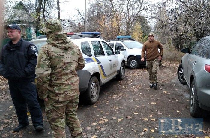 Полиция прибыла в Золотое, собирается «выселять» добровольцев. Фото и видео 1