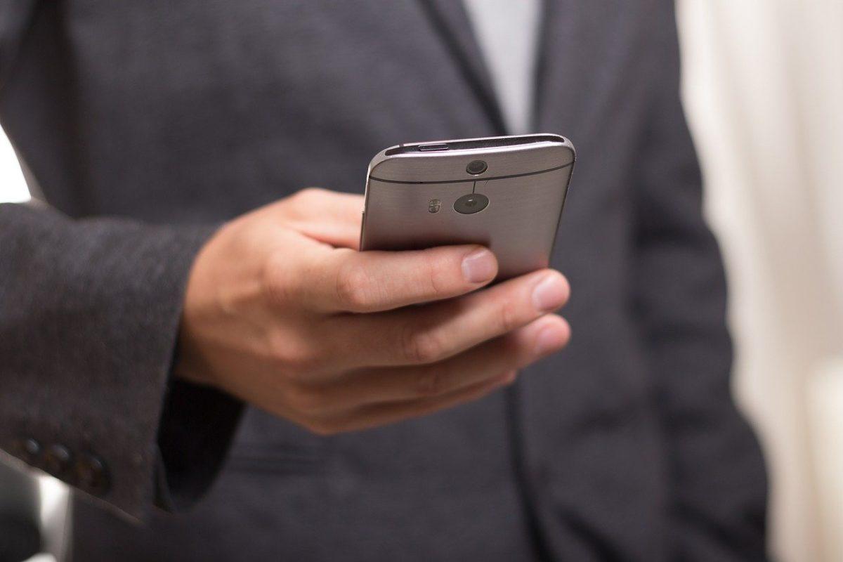 Google запустил бесплатного «убийцу» SMS— RCS, вобход операторов сотовой связи