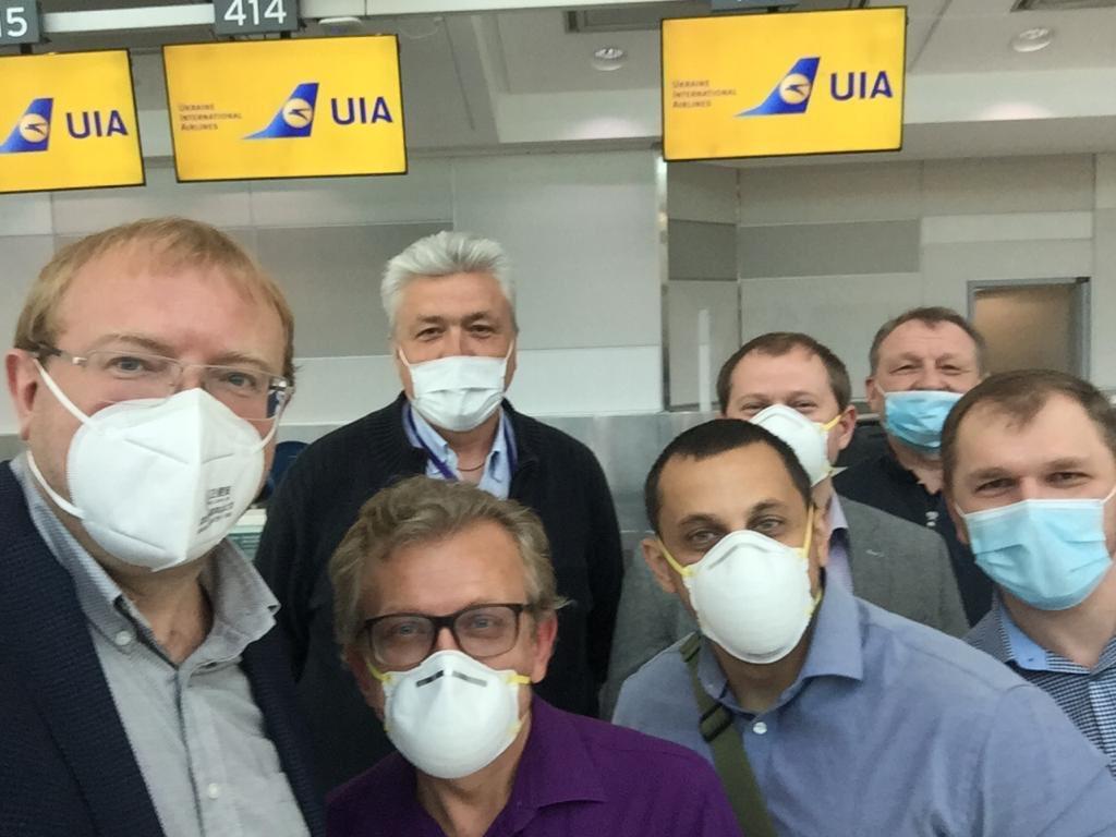 Спецрейсом из США эвакуировали 263 украинца