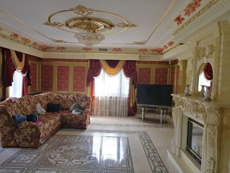 Семья генерала ВСУ Ткачука продает дом почти за $2 млн. Он фигурировал в нашумевшем расследовании СМИ