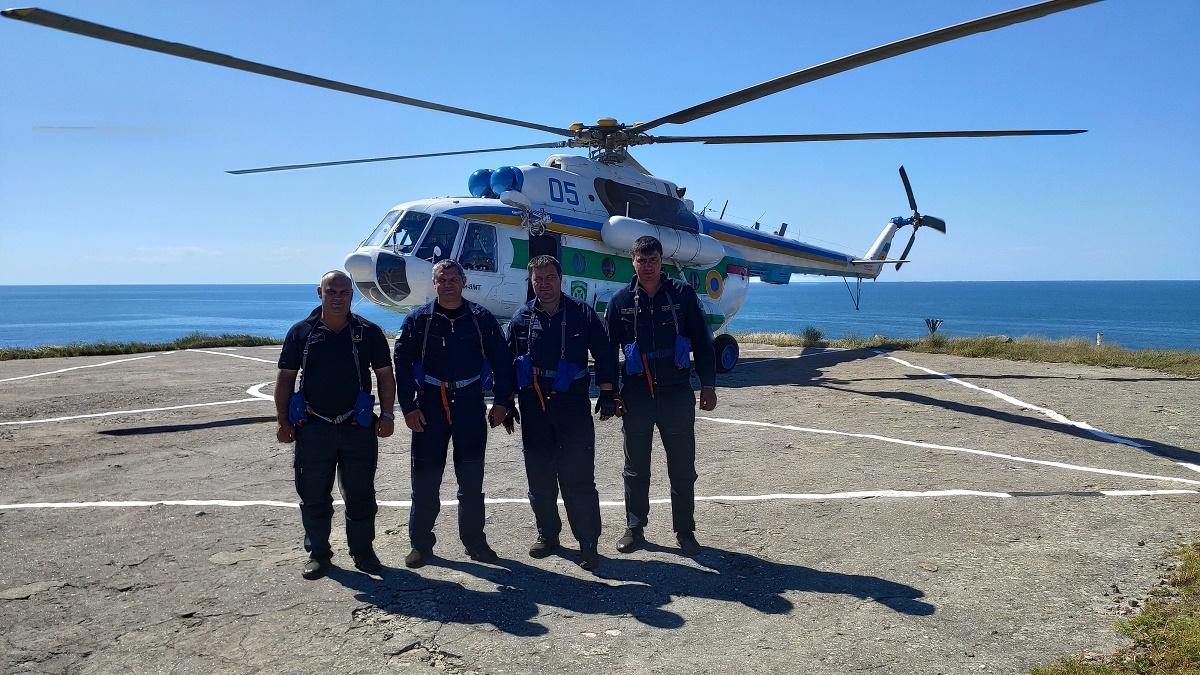 Впервые за 12 лет на остров Змеиный прилетели пограничники