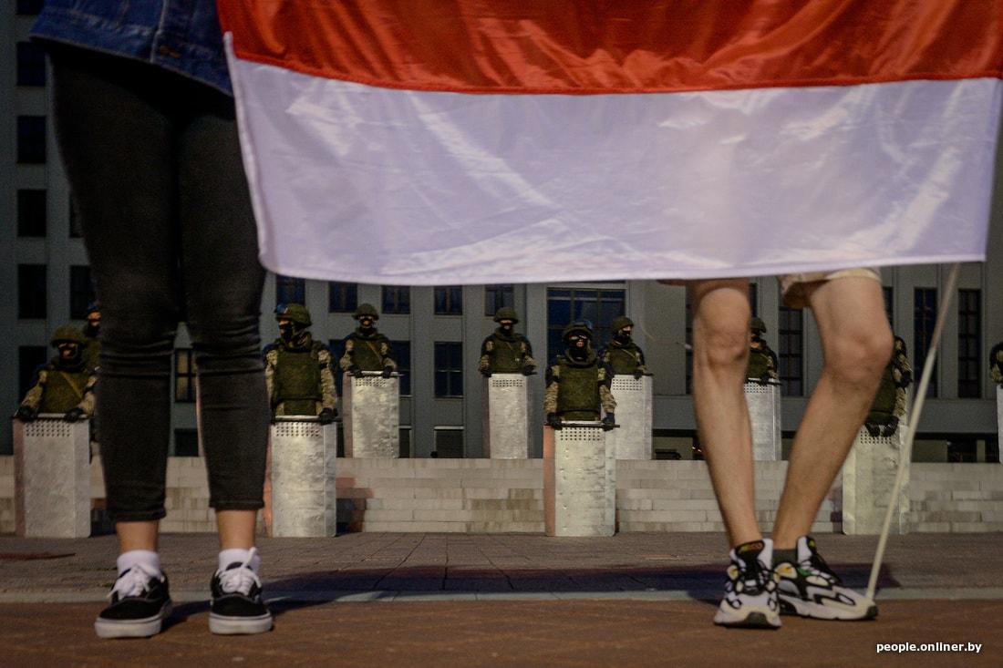 Митинг рабочих возле площади Независимости в Минске закончился: как это было