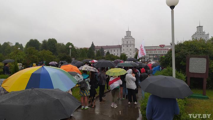В Беларуси ОМОН снова начал разгонять протестующих