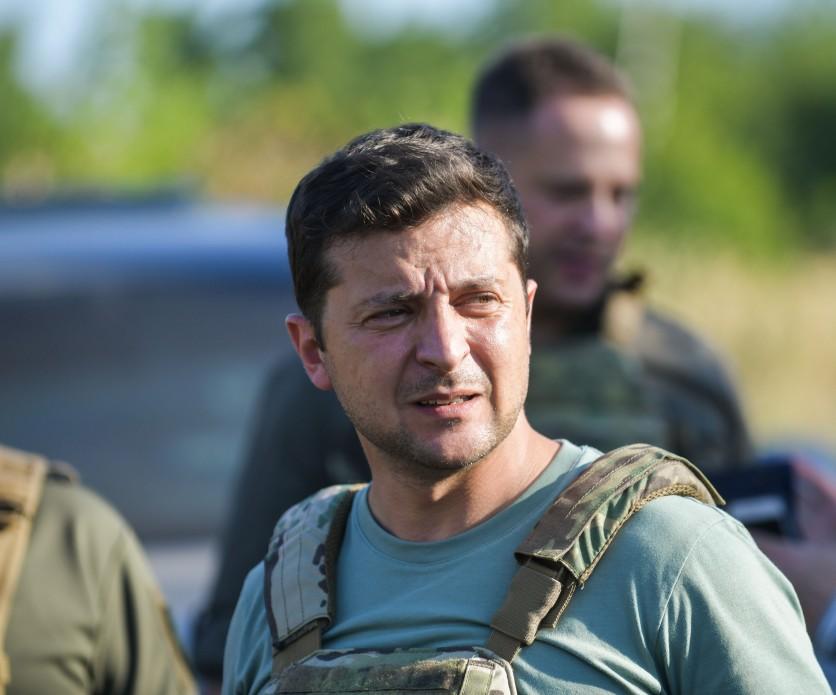 Зеленский прокомментировал срыв перемирия на Донбассе
