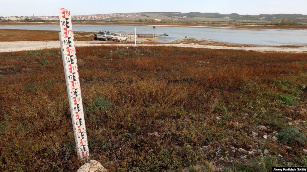 Ситуация с водой усугубляется: Появились фото засухи в оккупированном Крыму