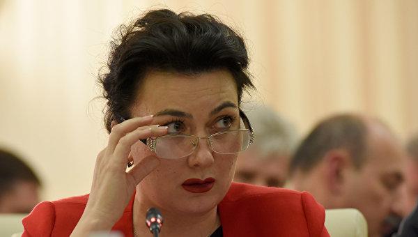 «Министр культуры» Крыма выругалась матом во время онлайн-совещания