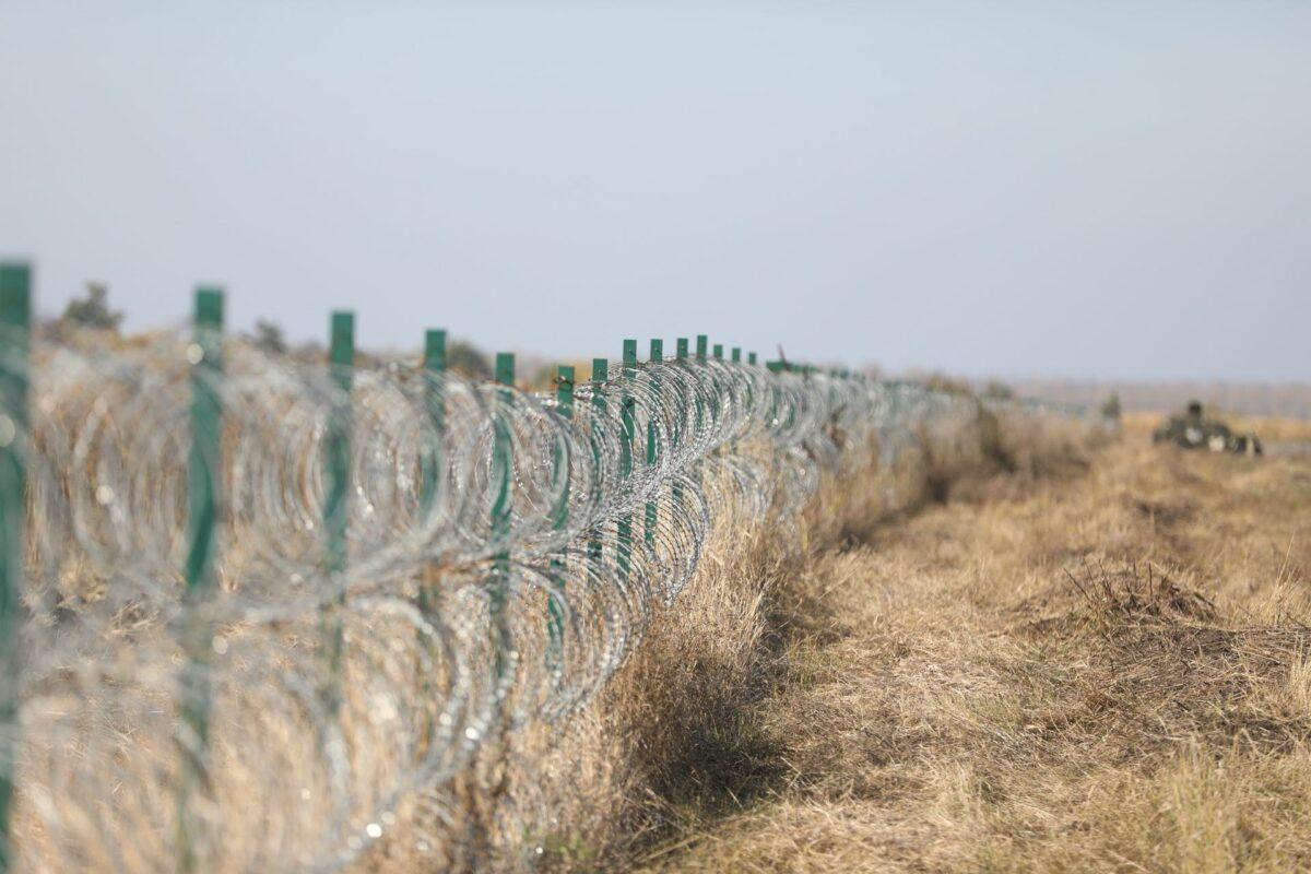 Украина собралась построить стену вдоль всей границы с Россией и Беларусью за 17 млрд грн. ВИДЕО 2