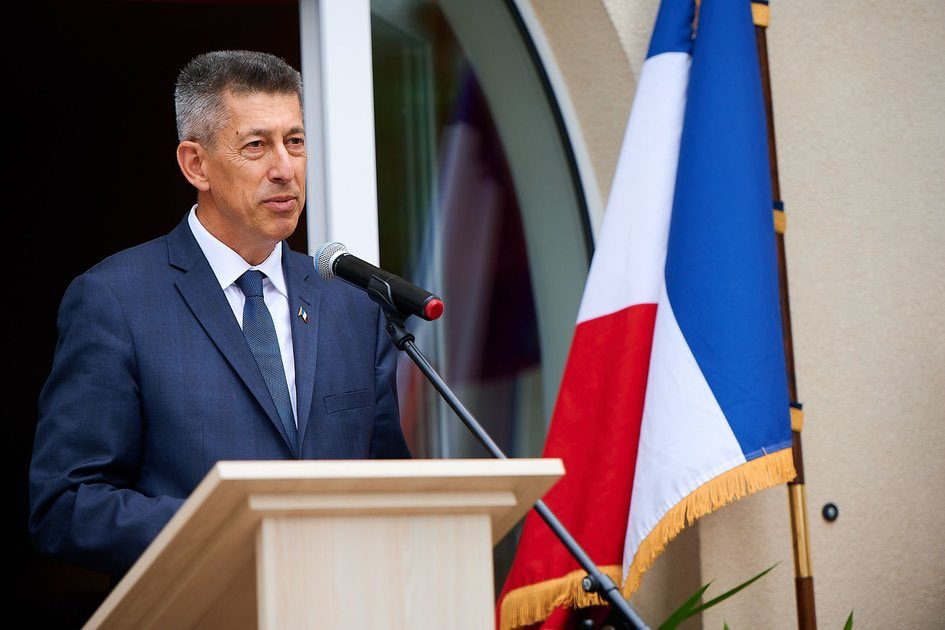 Белоруссия выгнала посла Франции