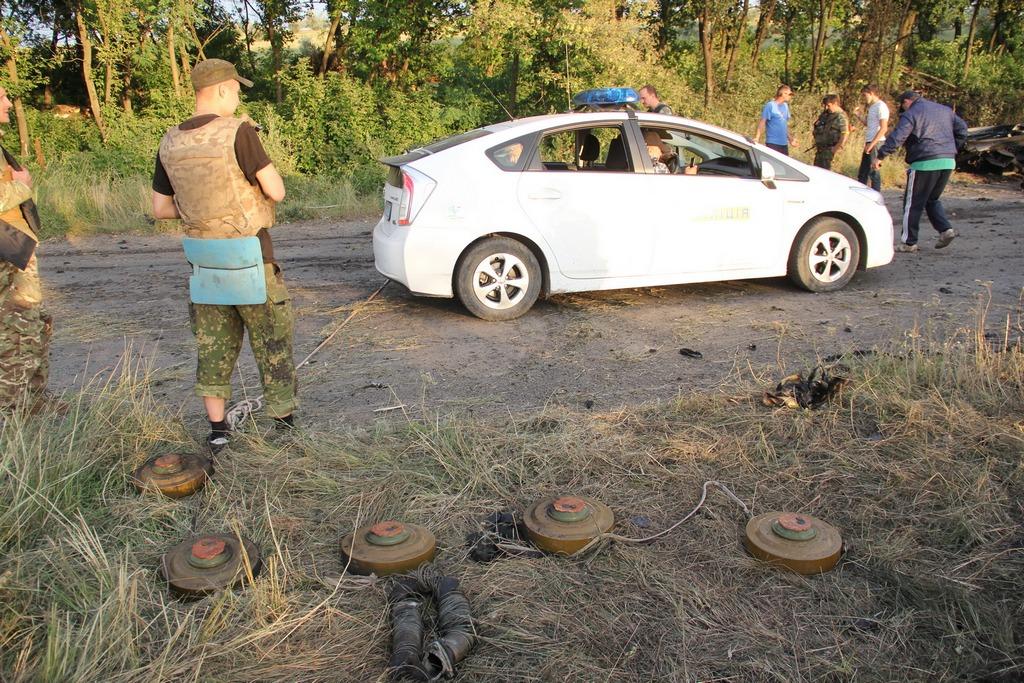 Боевики обстреливают жилые кварталы Луганска из артиллерийских систем, - пресс-центр АТО - Цензор.НЕТ 800