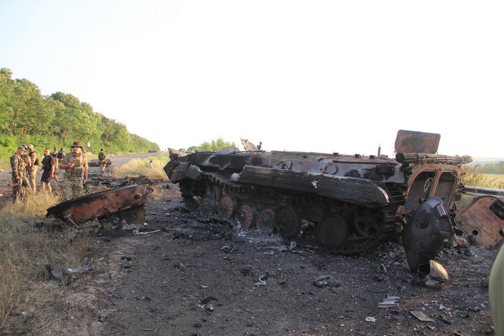 Боевики обстреливают жилые кварталы Луганска из артиллерийских систем, - пресс-центр АТО - Цензор.НЕТ 4639