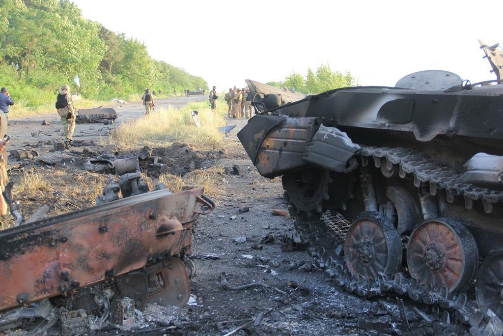 Боевики обстреливают жилые кварталы Луганска из артиллерийских систем, - пресс-центр АТО - Цензор.НЕТ 454