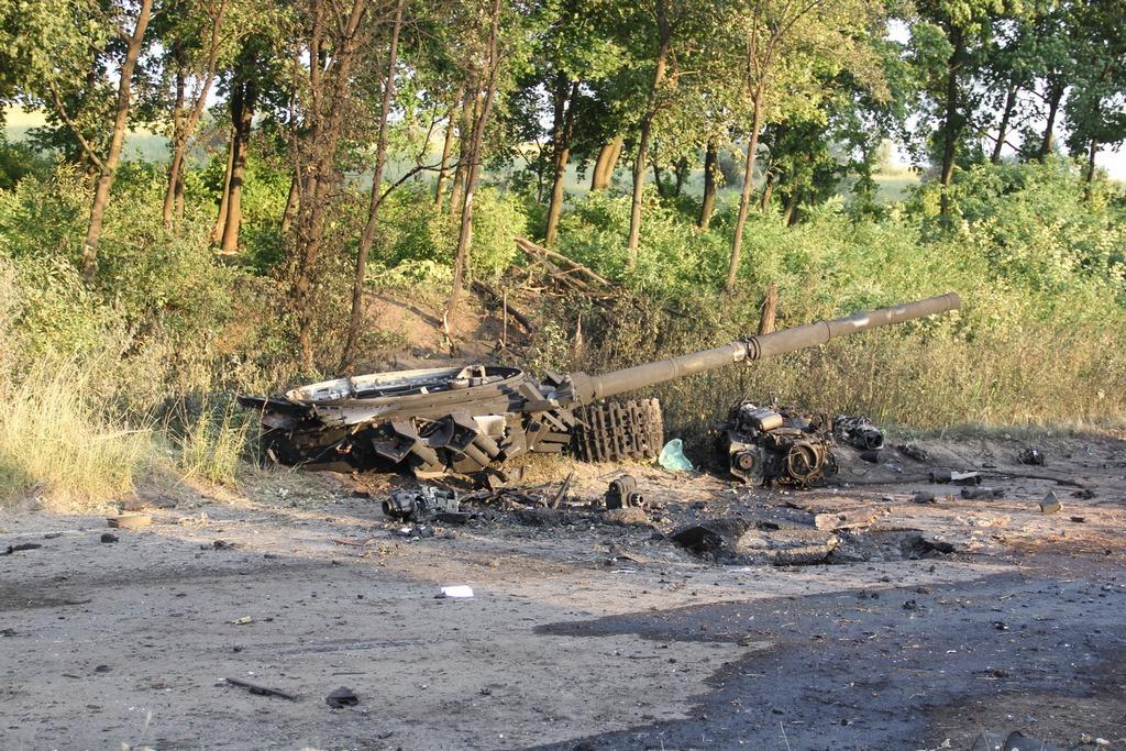Боевики обстреливают жилые кварталы Луганска из артиллерийских систем, - пресс-центр АТО - Цензор.НЕТ 2248
