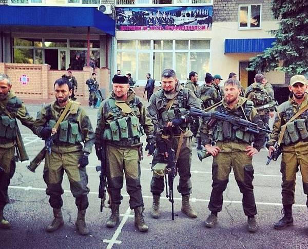 Террористы ночью обстреляли отдел погранслужбы на Луганщине - Цензор.НЕТ 3457