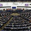 EU and Ukrainian parliaments ratify deal on political and trade ties