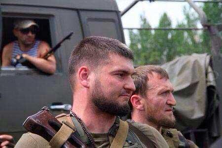 Террористы ночью обстреляли отдел погранслужбы на Луганщине - Цензор.НЕТ 4439